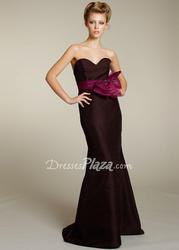 Evening Dresses - Dress Up For an Evening Party
