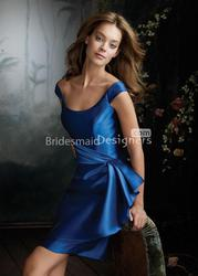 Choose Good Royal Blue Bridesmaid Dresses For a Wedding