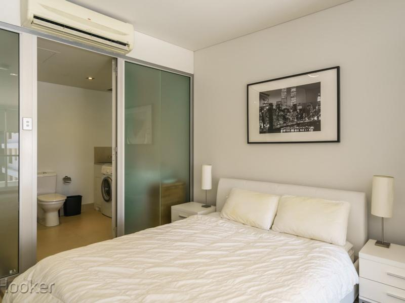 Awesome Fully Furnished Loft Apartment Melbourne