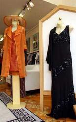 Hire Dressmakers in Melbourne for Dressmaking Bespoke Services
