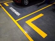 Yellow Line Marking