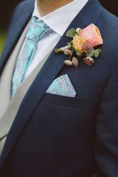 Look Fabulous on your Wedding with Tailor Made Wedding Suits