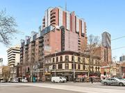 Looking for a 2 bedroom apartment in Melbourne?
