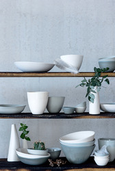 Deliver elegance to your table with ceramic homewares